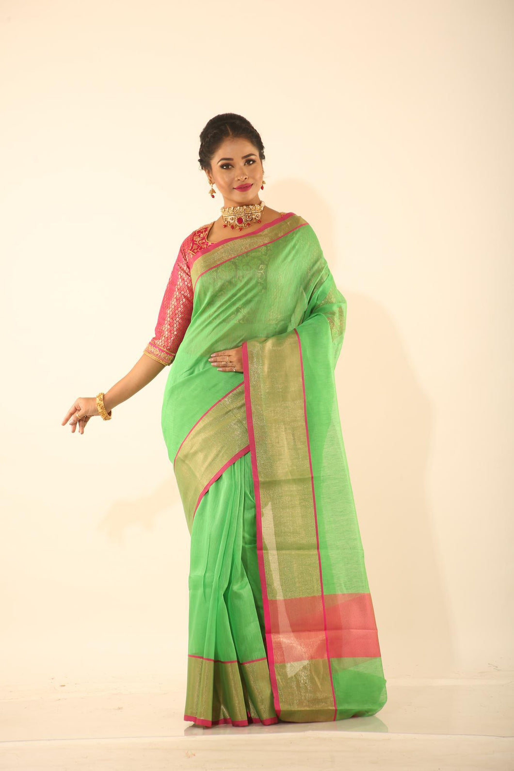 GREEN COLOUR CHANDERI SILK SAREE WITH SHIMMER HIGHLIGHT ON BORDER AND PALLU