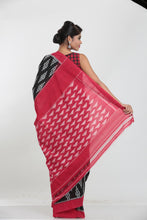Load image into Gallery viewer, SAMBALPURI COTTON IKKAT SAREE WITH CONTRASTING TIE AND DYE WEAVING