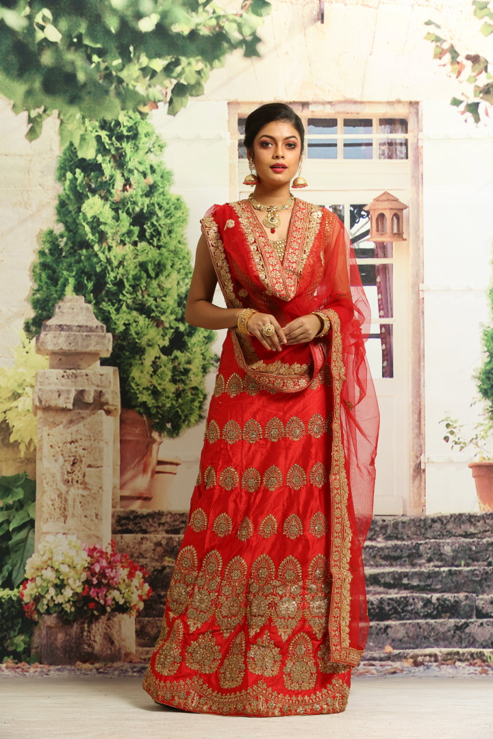 UNSTITCH RED COLOUR SILK LEHENGA WITH ALL OVER GOLDEN ZARI HIGHLIGHT