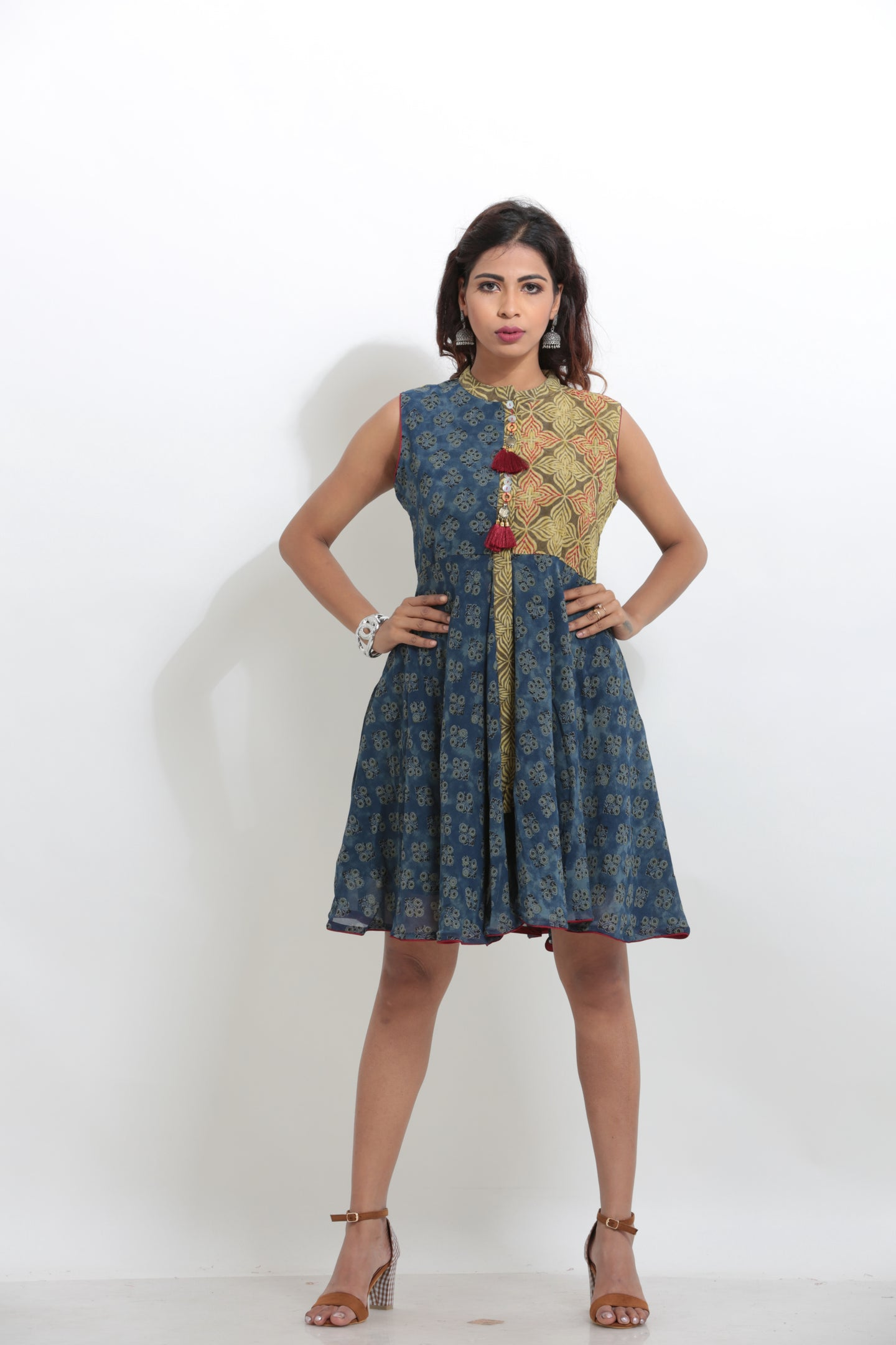 BLUE AND GREEN COLOUR COTTON PRINTED SHORT KURTI