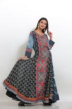 Load image into Gallery viewer, MULTICOLORED PRINTED INDO-WESTERN LONG KURTI
