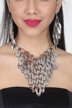 Load image into Gallery viewer, SILVER COLOUR OXIDISE WESTERN NECKLACE SET