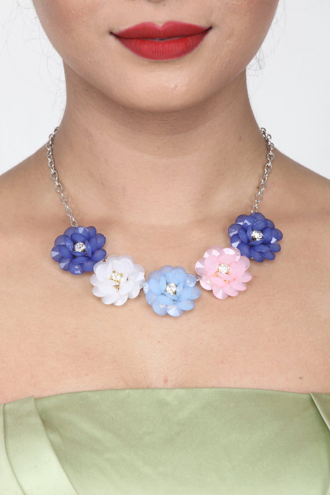 BEAUTIFUL PASTEL SHADE CRYSTAL FLORAL BEADS NECKLACE