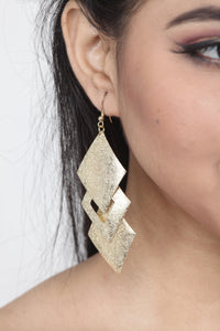 STYLISH GOLDEN COLOUR SQUARE SHAPE EARRING
