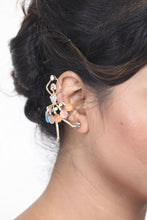 Load image into Gallery viewer, GOLD-TONED EAR CUFF