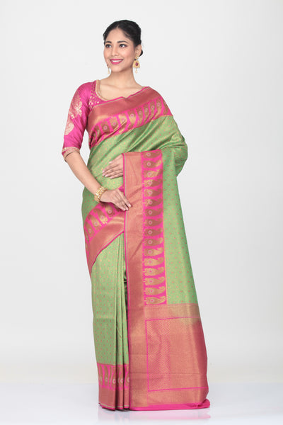 GREEN COLOUR BUTA SILK SAREE WITH CONTRASTING BORDER AND PALLU