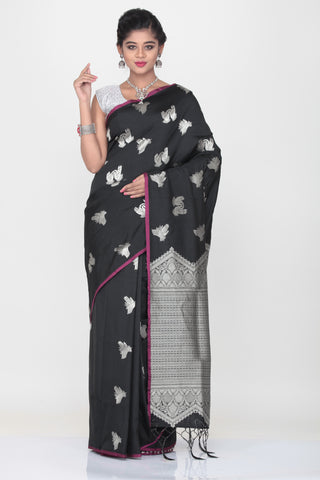 BLACK COLOUR LIGHT WEIGT SILK SAREE WITH HIGHLIGHTED SILVER MOTIF AND PALLU