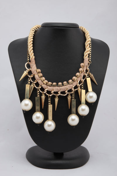 GOLDEN COLOUR THREAD AND METAL NECKLACE WITH PEARL HIGHLIGHT