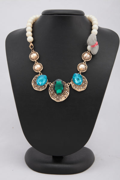 MULTICOLORED CRYSTAL AND PEARL NECKLACE