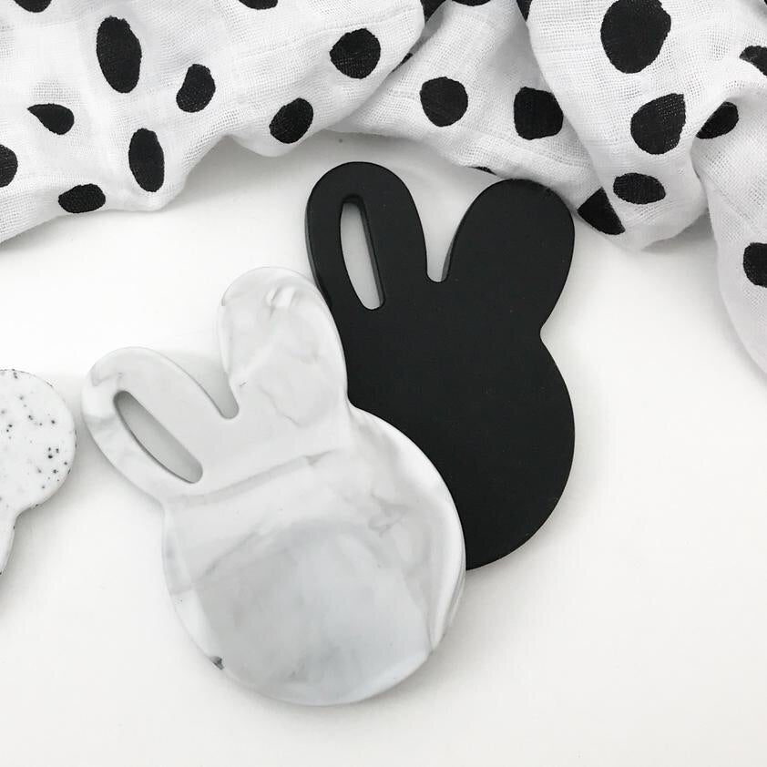 One.Chew.Three| BUNNY & BEAR Silicone Teething Disc