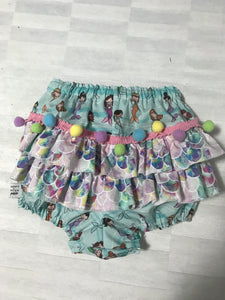 GIRLY RUFFLE BUM SHORTIES