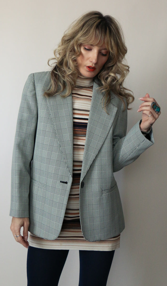 90's Black and White Plaid Blazer Size Medium