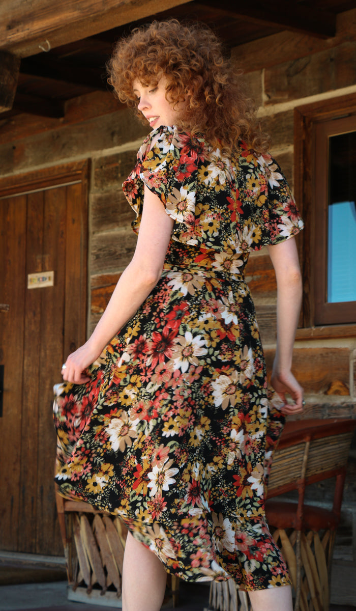 Angie Floral Wrap Dress in Red Daisy