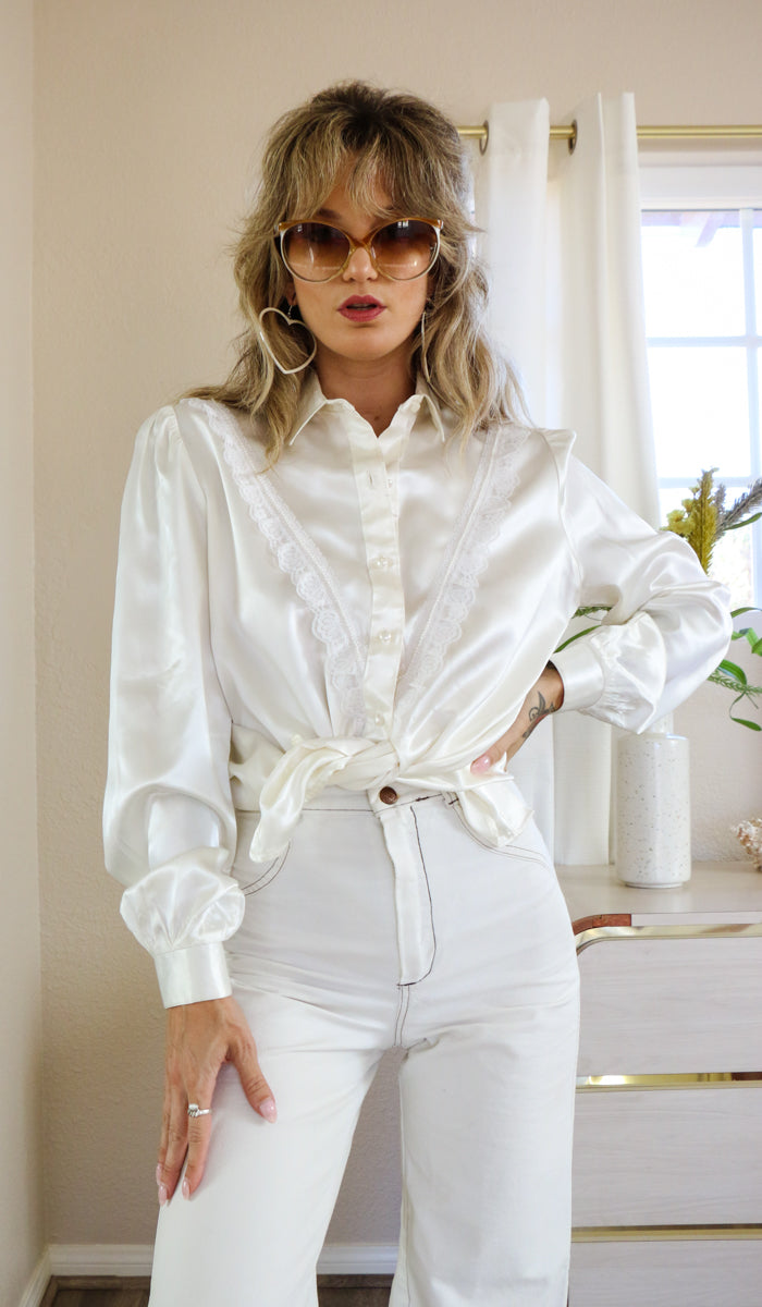 Vintage White Satin Cowgirl Pearl Blouse Size M/L
