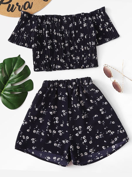 Off Shoulder Floral Crop Top And Shorts Set