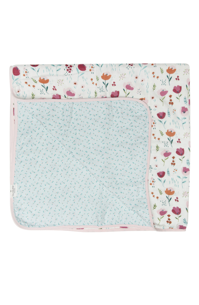 Baby muslin 4-layer quilt blanket great for strollers, or playmat.