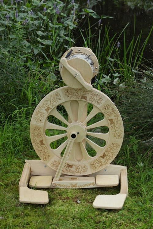 SpinOlution Monarch Spinning Wheel