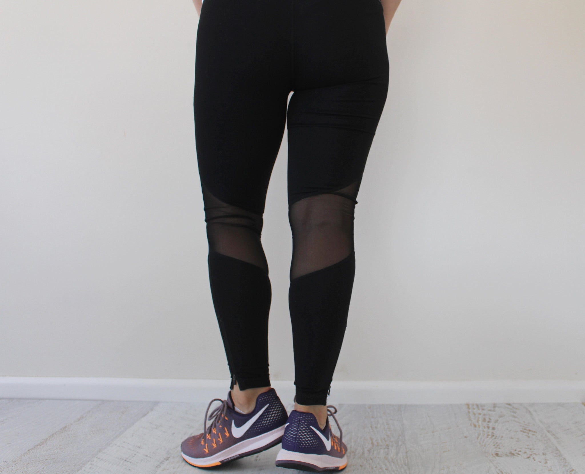 high waisted activewear legging postpartum pregnancy over the belly pregnant flatly style fashion fitness