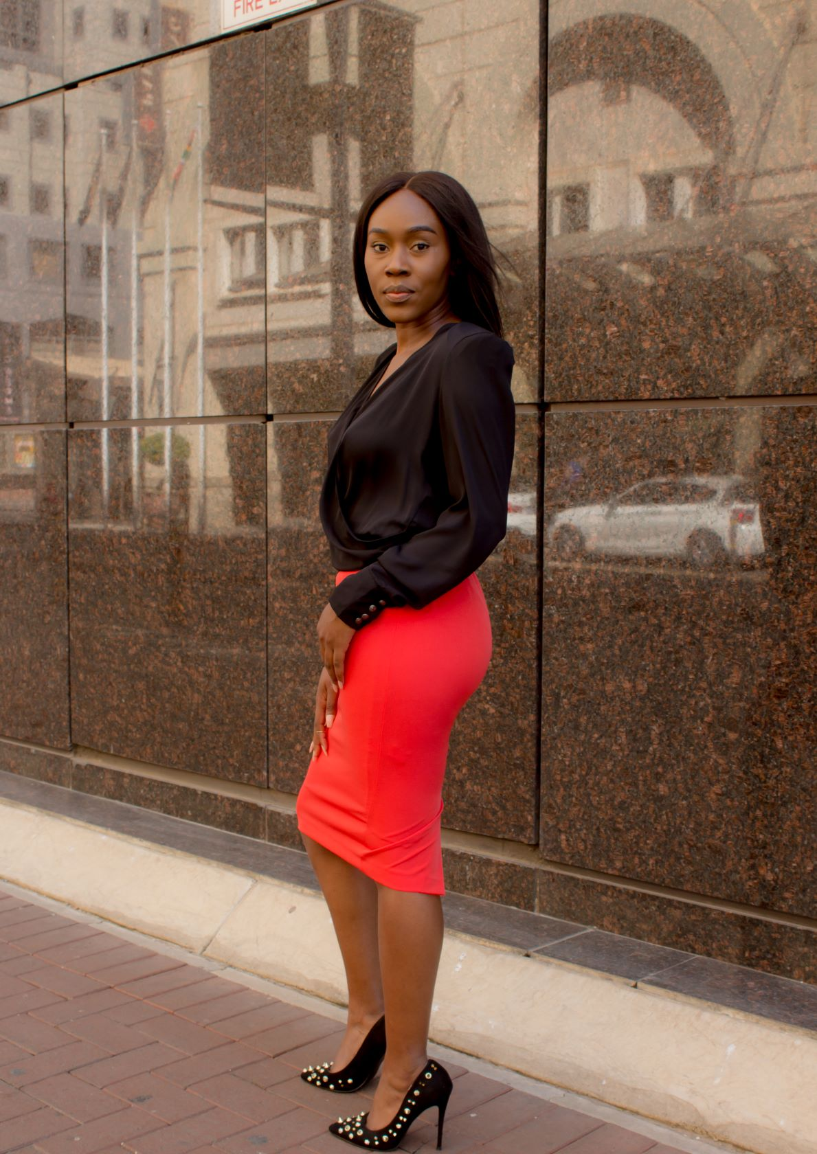 Knee length pencil skirt with back zip