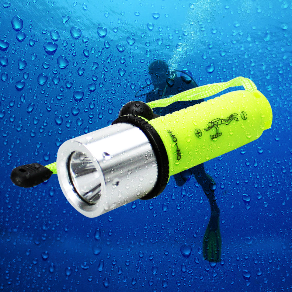 Costbuys  Diving Torch LED Flashlight CREE Q5 / XM-L T6 800Lumens LED Torch Cree LED Flashlight Torch light For 3xAAA or 1x18650