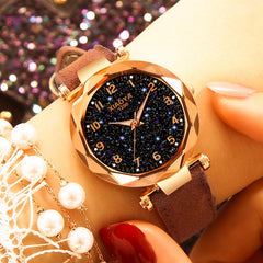 Luxury Women Watches Fashion Dress Ladies Watch elegant Starry Sky Dial Leather Strap Quartz Wristwatch Clock Women Bracelet Watches
