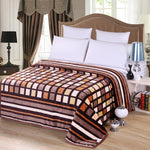 Bedspread Throw blanket Super Soft Flannel Blanket to on for the sofa/Bed/Car Portable Plaids