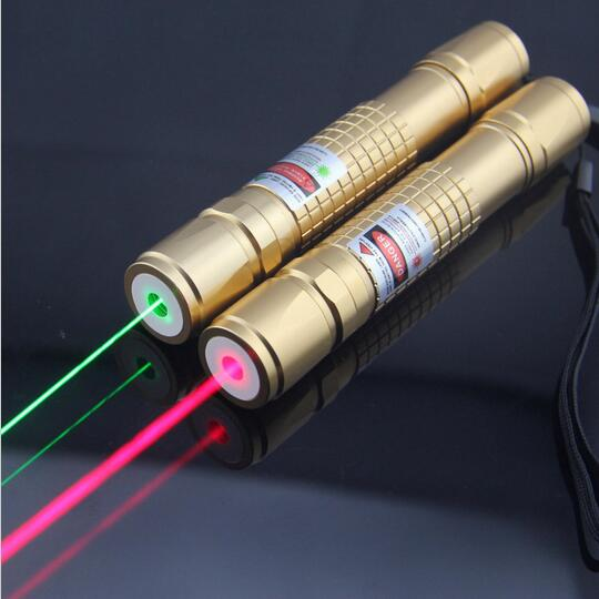 Costbuys  Powerful high power green/red laser pointer adjustable focus burning match range to 10000m - 5mW / green laser pointer