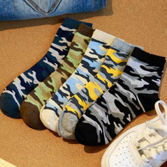 Autumn And Winter Cotton Men Mountaineering Socks Wholesale Classic Couples in camouflage cotton tube men Socks 5 colors
