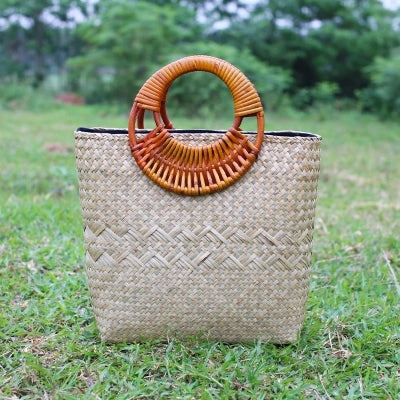Costbuys  The new fashion retro velvet package version of the hand-woven hand-held women's grass grass package package beach bag