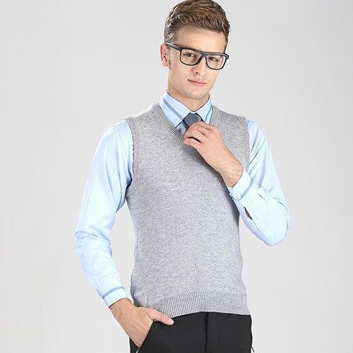 High-grade New Fashion Knitted Vest Winter Mens Pullove Knitted Sweater Sleeveless V-Neck Casual Mens Sweaters And Pullovers