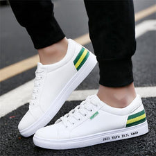 Men Skateboarding Shoes Canvas Sport Cool Light Wight Sneakers Outdoor Athletic Shoes Man Breathable High Quality Shoes