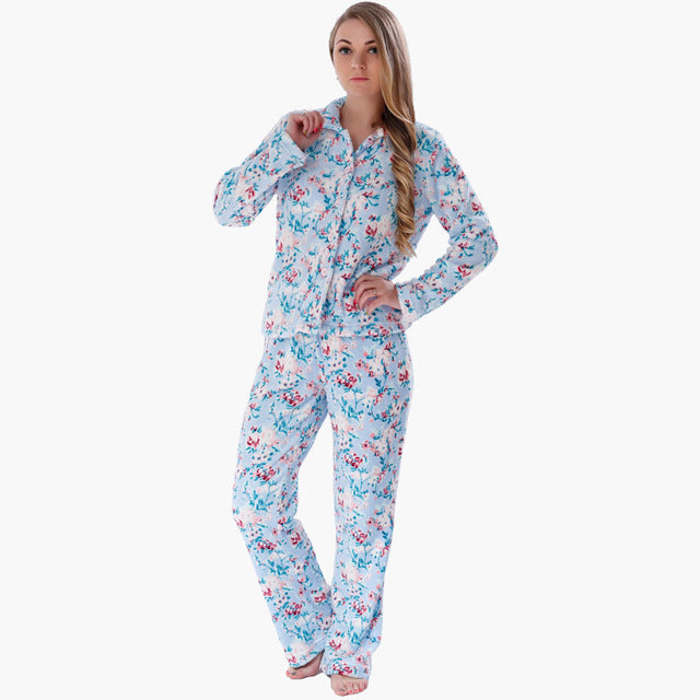 Free shipping on women's sleepwear, pajamas, loungewear, and robes at neo-craft.gq Shop for pajamas, nighties, tanks, shorts, joggers, chemises, nightgowns.