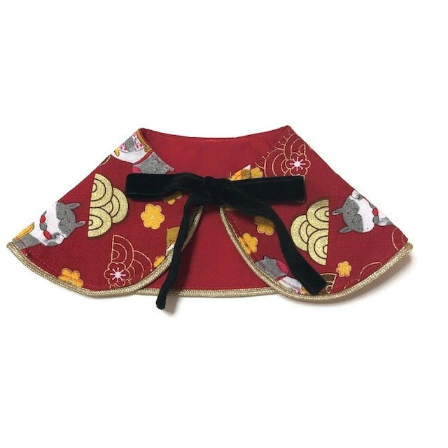 Fortune Cat Gold Wave Girl Cape Collar
