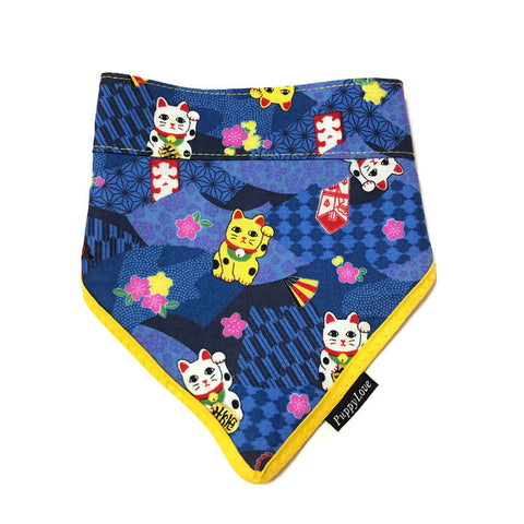 Blue Fortune Cat Gold Wave Bandana