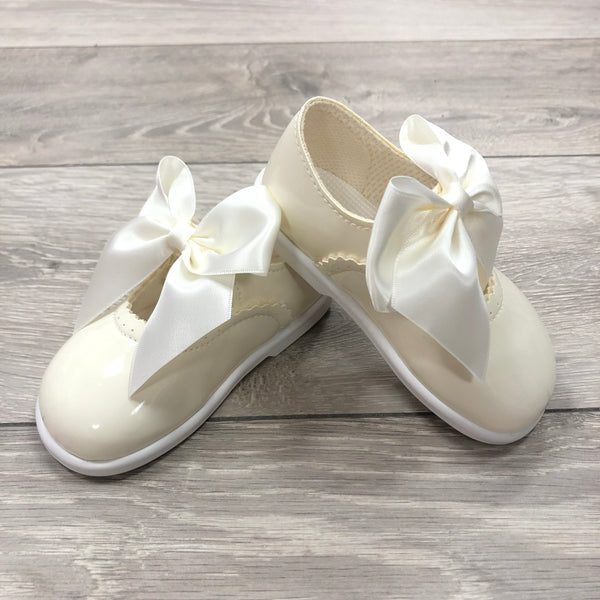 Hard Sole Bow Shoes - Hetty's Baby Boutique