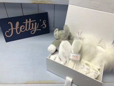 Newborn Baby Unisex White Essentials Gift Set - Hetty's Baby Boutique