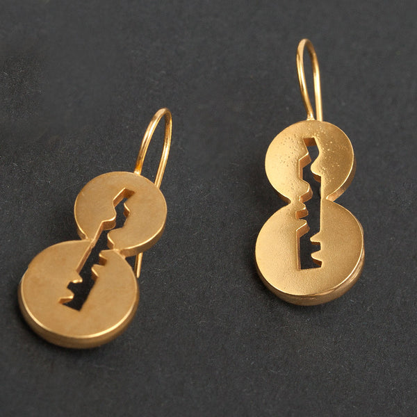 Cylinder hanging earrings