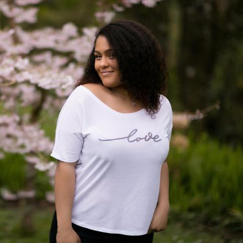 LOVE SCRIPT SLOUCHY SCOOP TEE