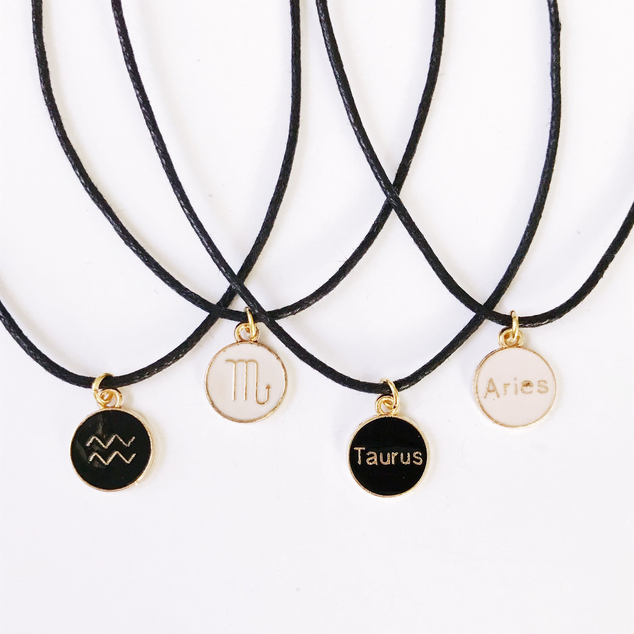Lux Zodiac Sign Choker