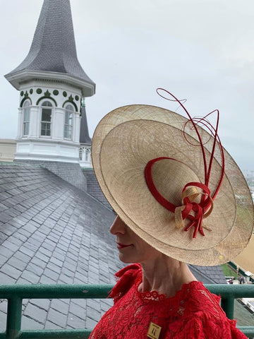 Milli Starr saucer hat Twin Spires Churchill Downs