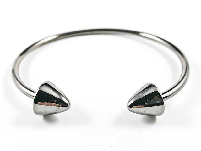 Nice Shiny Metallic Thick Arrows Duo Ends Design Black Rhodium Tone Brass Cuff Bangle