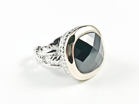 Modern Square Shape Center Black Color CZ Gold Tone Frame Wire Band Texture Brass Ring
