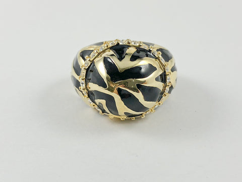 Unique Black Enamel Pattern Dome Brass Ring