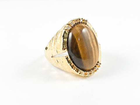 Modern Oval Shape Center Tiger Eye Stone Hammered Band Brass Ring