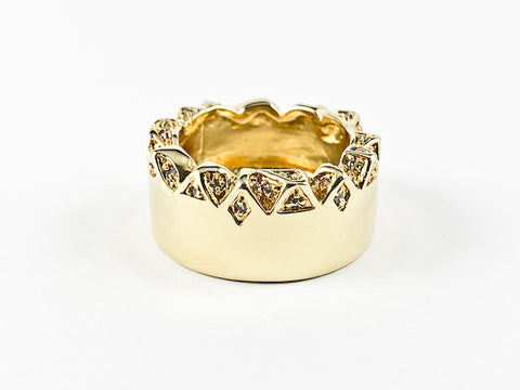 Modern Unique Textured Crystal Form Eternity Brass Ring