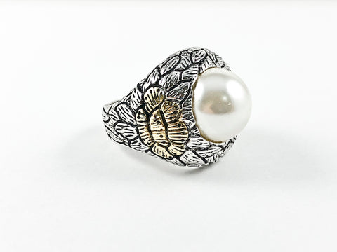Unique Textured Leaf & Floral Design Center Pearl Brass Ring