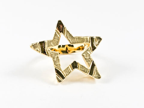 Unique Open Star Hammered Texture Design Style Gold Tone Brass Ring
