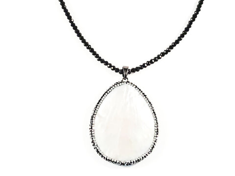 Fancy Long Shiny Black Beads With Large Oval Mother Of Pearl Stone Brass Necklace