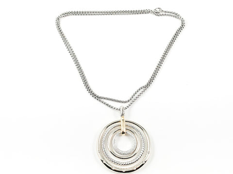 Modern Large Layered Round Circle Design Pattern Two Tone Brass Necklace