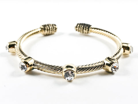 Modern Wire Texture Band With Big Crystal Setting Design Gold Tone Brass Cuff Bangle